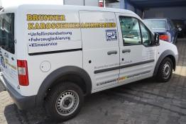 Firmenfahrzeug von Brunner Karosseriefachbetrieb